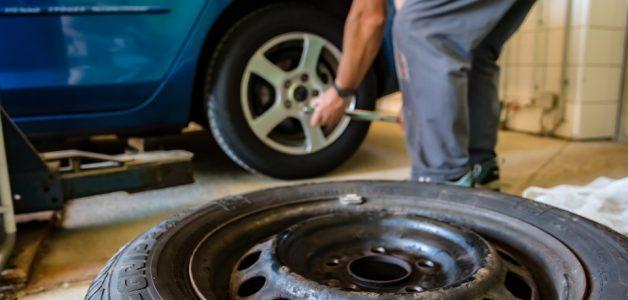 Tuleja metalowo gumowa w motoryzacji. Poznaj zastosowanie i standardy produkcji